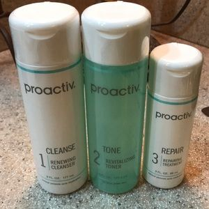 Proactiv skin cleansers